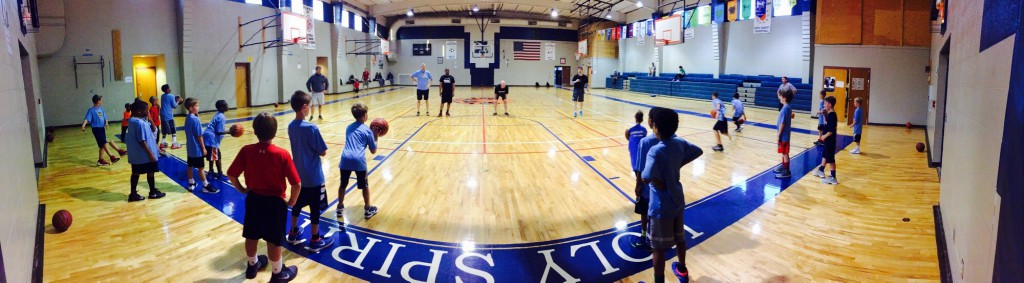 Panoramic of 10U practice